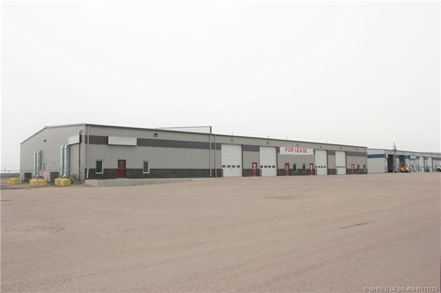 2400 South Highway Drive SE, Redcliff